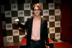 Esteban Gutierrez receives his award