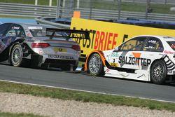 Bataille entre Martin Tomczyk, Audi Sport Team Abt Audi A4 DTM, et Gary Paffett, Team HWA AMG Merced