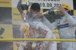 Podium: 1er Paul di Resta, Team HWA AMG Mercedes, 2e Bruno Spengler, Team HWA AMG Mercedes