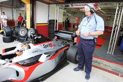 Nicola de Marco avec Carlos Funes, délégué technique de la FIA