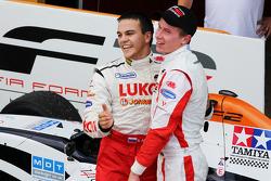 Sergey Afanasiev feliciteert Kazim Vasiliauskas
