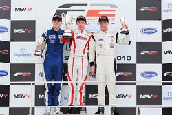 Race podium: winnaar Kazim Vasiliauskas, 2de Jack Clarke, 3de Dean Stoneman