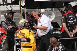 Discussions at Dreyer & Reinbold Racing