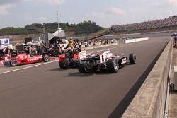 Dario Franchitti, Target Chip Ganassi Racing, Helio Castroneves, Team Penske, Ryan Briscoe, Team Pen