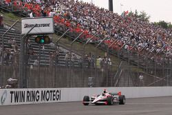 Helio Castroneves, Team Penske takes the checkered flag