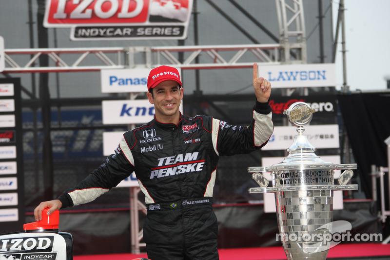 Race winnaar Helio Castroneves, Team Penske
