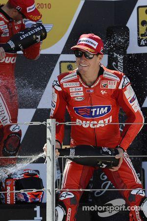 Подиум: третье место - Ники Хейден, Ducati Marlboro Team