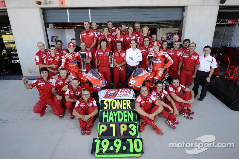 Race winner Casey Stoner, Ducati Marlboro Team, celebrates with Nicky Hayden, Ducati Marlboro Team a