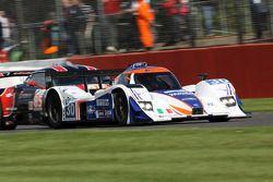 #30 Racing Box Lola B09 Coupé - Judd : Ferdinando Geri, Fabio Babini, Federico Leo