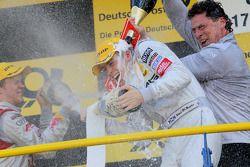 Podium: race winner Paul di Resta, Team HWA AMG Mercedes