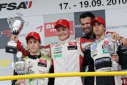 Podium: race winnaar Valtteri Bottas, ART Grand Prix Dallara F308 Mercedes, 2de Alexander Sims, ART