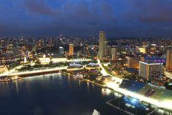 Aspectos de la ciudad Skyline y el Marina Bay Street Circuit