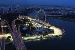 Singapore Flyer y el edificio del pit