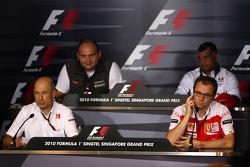 Peter Sauber, BMW Sauber F1 Team, Takım Patronu, Colin Kolles, Hispania Racing Team, Takım Patronu HRT, Stefano Domenicali Ferrari Direktörüü, Tony Fernandes, Lotus F1 Team, Takım Patronu