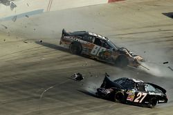 Drew Herring and Elliott Sadler crash