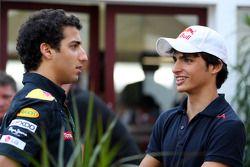 Daniel Ricciardo testrijder, Red Bull Racing, Carlos Sainz Jr.