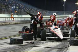 Des problèmes pour Will Power (Penske) tandis que Dario Franchitti (Target Chip Ganassi Racing) quit