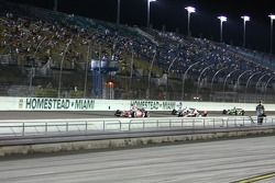 Scott Dixon, Target Chip Ganassi Racing leads the field under yellow