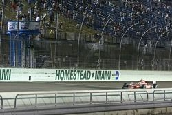 Scott Dixon, Target Chip Ganassi Racing takes the checkered flag