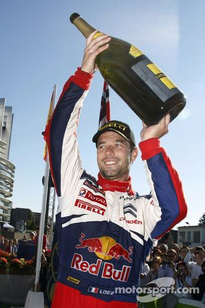 Podium: Sébastien Loeb, Citroën C4, Citroën Total World Rally Team