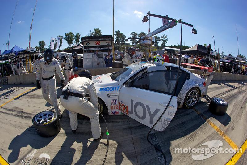 Pitstop #92 BMW Rahal Letterman Racing Team BMW M3 GT: Bill Auberlen, Tom Milner, Dirk Werner