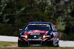#24 Bundaberg Red Racing Team: Fabian Coulthard, Craig Baird