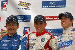 Carlos Huertas, Daniel McKenzie et Adriano Buzaid