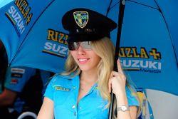 Una chica Rizla Suzuki