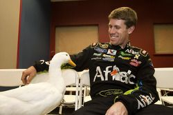 Carl Edwards, Roush Fenway Racing Ford avec l'Aflac duck