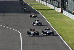 Michael Schumacher, Mercedes GP et Rubens Barrichello, Williams F1 Team