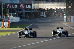 Nick Heidfeld, BMW Sauber F1 Team et Kamui Kobayashi, BMW Sauber F1 Team