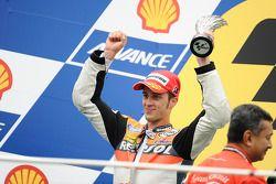 Podio: segundo lugar Andrea Dovizioso, Repsol Honda Team