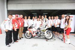 Randy De Puniet, LCR Honda MotoGP met team