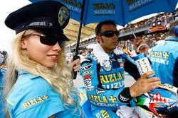 Loris Capirossi, Rizla Suzuki MotoGP con una buena compañía