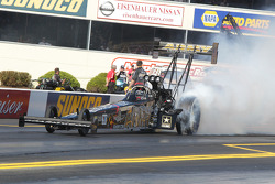Tony Schumacher, US Army 2010 DSR Dragster