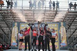 Cruz Pedregon, Andrew Hines, Dave Connolly, Larry Dixon celebrate win
