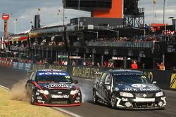 Jonathon Webb et David Russell, Dick Johnson Racing N°19, Rick Kelly et Owen Kelly, Jack Daniel's Racing N°15