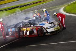 Crash de Sam Hornish Jr., Penske Racing Dodge