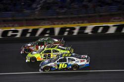 Tony Stewart, Stewart-Haas Racing Chevrolet, Paul Menard, Richard Petty Motorsports Ford, Greg Biffle, Roush Fenway Racing Ford