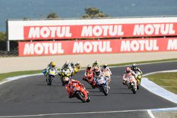 Start: Casey Stoner, Ducati Marlboro Team leads the field