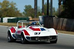 #37 6AP '68 Chev. Corvette rdstr: Clair Schwendemen