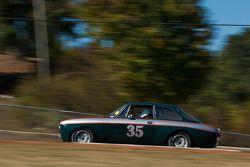 #35 8BS '69 Alfa Romeo GTV: Tom Benjamin
