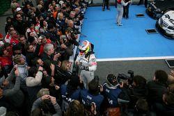 Race winner Paul di Resta, Team HWA AMG Mercedes celebrates