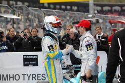 Race winnaar Daniel Juncadella, Prema Powerteam Dallara F308 Mercedes, 2de Roberto Merhi, Muecke Mot