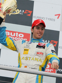 Podium: winnaar Daniel Juncadella, Prema Powerteam Dallara F308 Mercedes