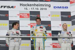 Podium: winnaar Daniel Juncadella, Prema Powerteam Dallara F308 Mercedes, 2de Roberto Merhi, Muecke