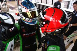 Tim Slade, Helio Castroneves, Wilson Security Racing N°47