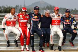 Льюис Хэмилтон, McLaren Mercedes, Фернандо Алонсо, Scuderia Ferrari, Марк Уэббер, Red Bull Racing