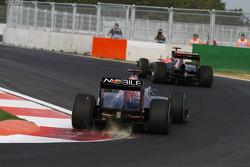 Sebastien Buemi, Scuderia Toro Rosso, turn 16