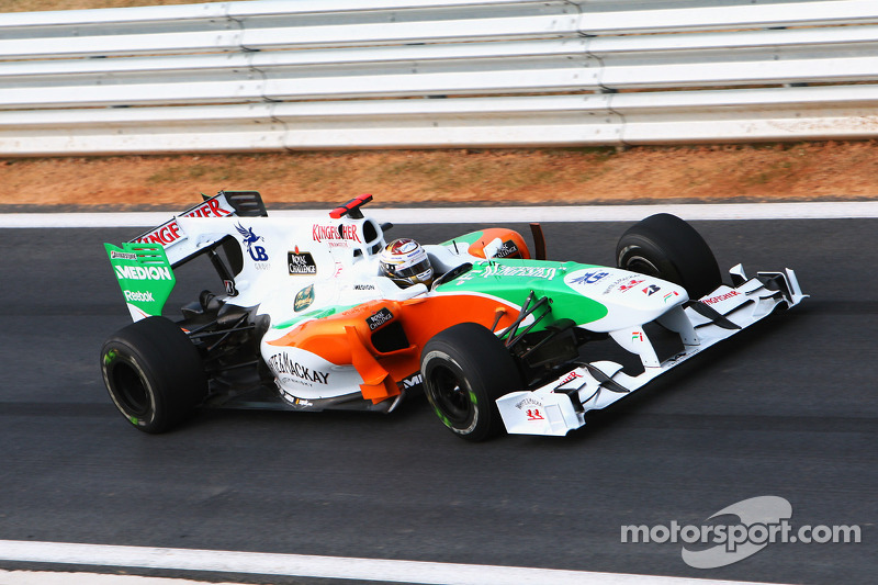 2010: Force-India-Mercedes VJM03